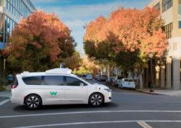 Waymo pandemi süresince robot taksi çalıştıracak