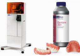 3D diş protezi üretiliyor
