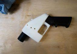 3D baskılı silahlar için engelleme talebi!
