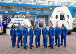 NASA ilk ticari uçuşun astronotlarını seçti