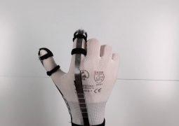 VR eldiven DextrES ile sanal nesnelere dokunabilirsiniz