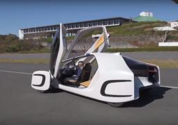 karbon fiberden elektrikli otomobil