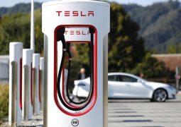 Tesla Supercharger için yeni planlama yapıyor!