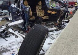 Tesla Model X kazası otopilot modunda mı oldu?